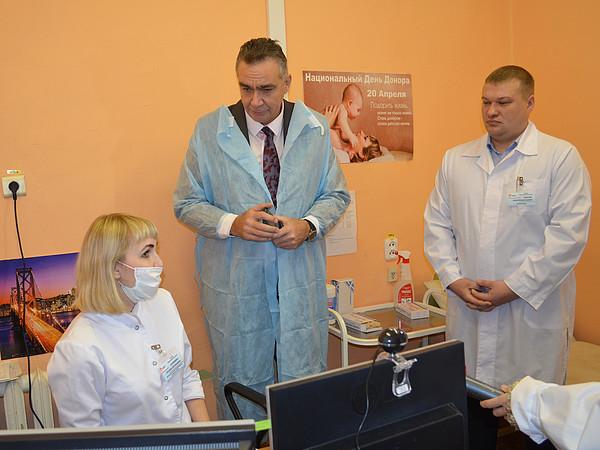 Вы просматриваете фотографии из материала: Кировский центр крови посетил и.о. Министра здравоохранения Кировской области