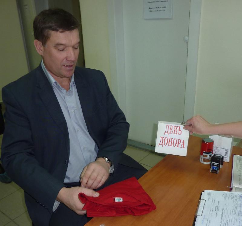 Вы просматриваете фотографии из материала: Донорская акция для сотрудников УМВД по Кировской области
