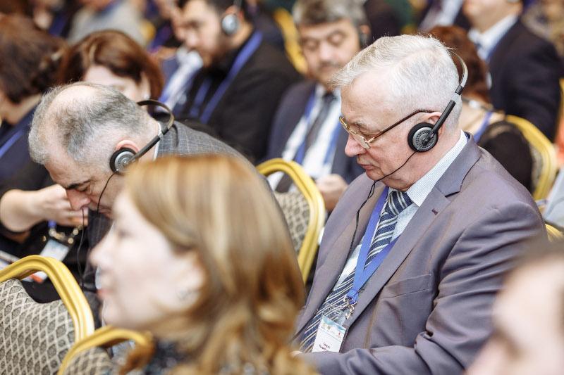 Вы просматриваете фотографии из материала: Международный III Евразийский конгресс