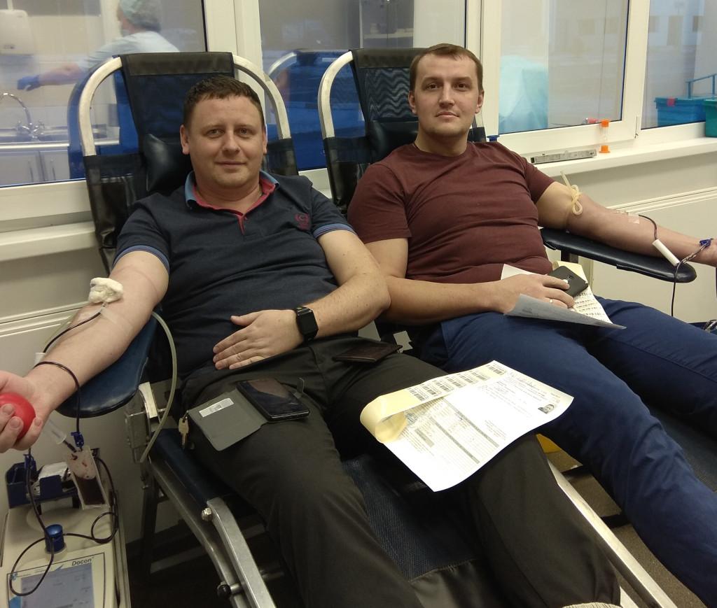 Вы просматриваете фотографии из материала: Акция «Стань донором крови» БМК «Нанолек»