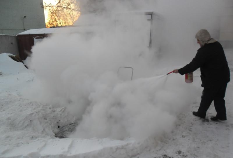 Вы просматриваете фотографии из материала: Плановые учения по противопожарной безопасности